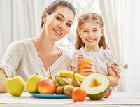 Frische Säfte sind der beste Weg, um Kinder mit Nährstoffen zu versorgen | EUJUICERS.DE