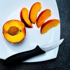 Pfirsiche, Aprikosen/Marillen, Pflaumen/Zwetschken und Nektarinen entsaften | EUJUICERS.DE